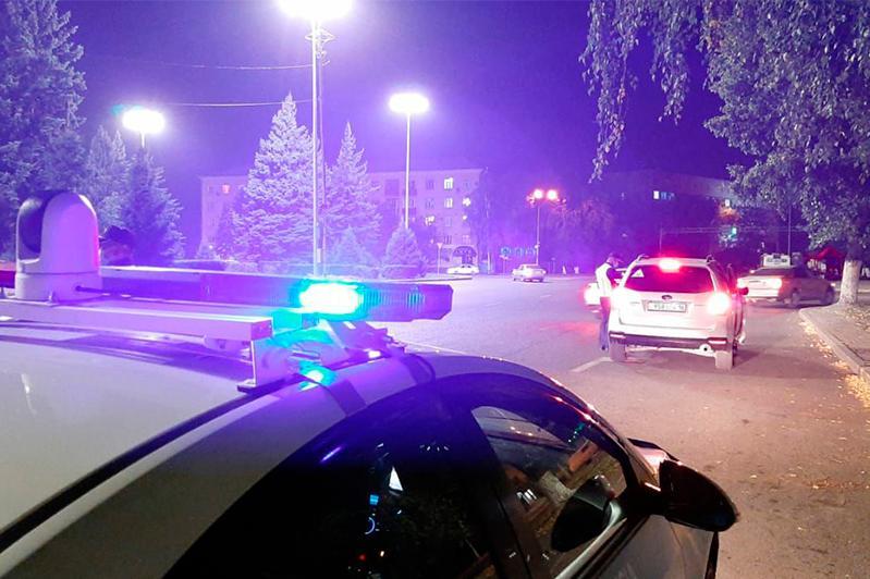 Пьяный и без прав водитель задержан в Семее