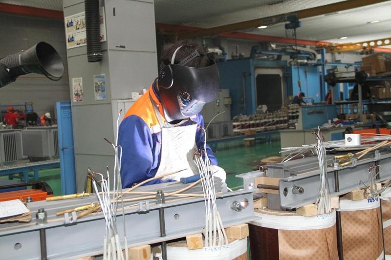 乌拉尔变压器厂90%的产品均出口至独联体国家