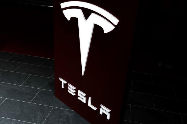 Илон Маск 2023 йилгача арзон Tesla автомобилларини ишлаб чиқаришга ваъда берди