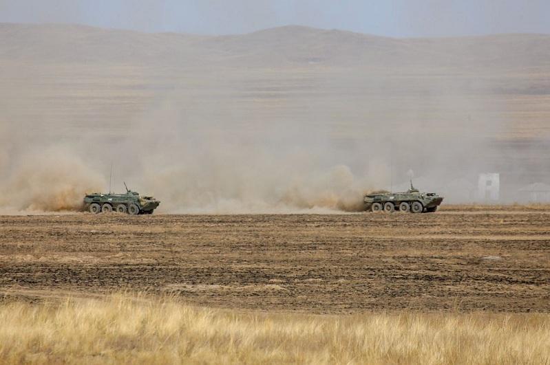 «Танковую карусель» запустили военные в Жамбылской области