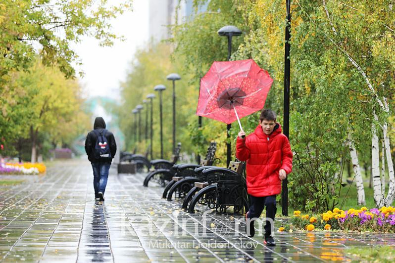 О дожде и снеге предупредили жителей столицы и двух областей