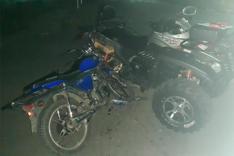 Пьяныйводитель квадроцикла столкнулся с мотоциклистомв ВКО