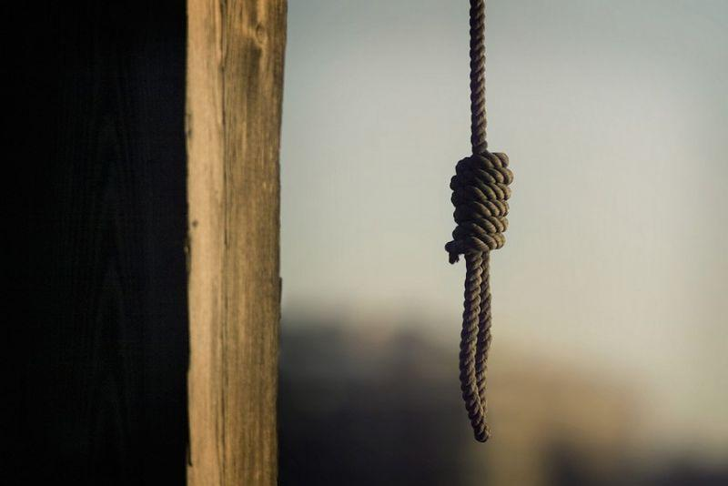 13-летний подросток повесился в Караганде