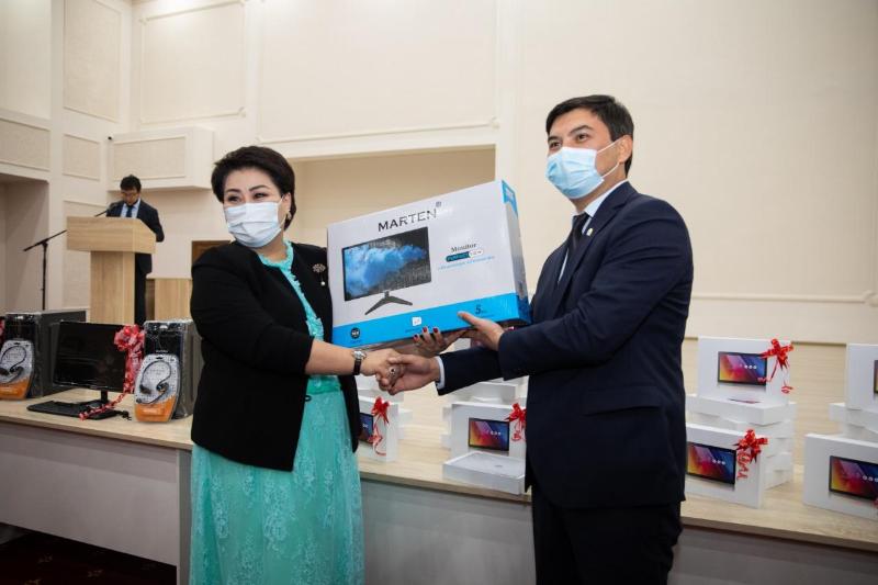 Более 22 тысяч компьютеров получат школьники Атырауской области