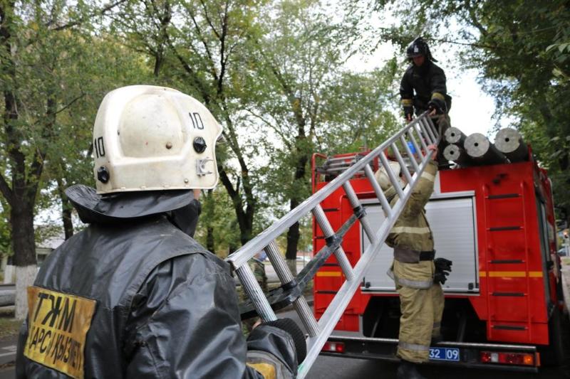 Пожарная безопасность: нуждающимся семьям помогает ДЧС Карагандинской области