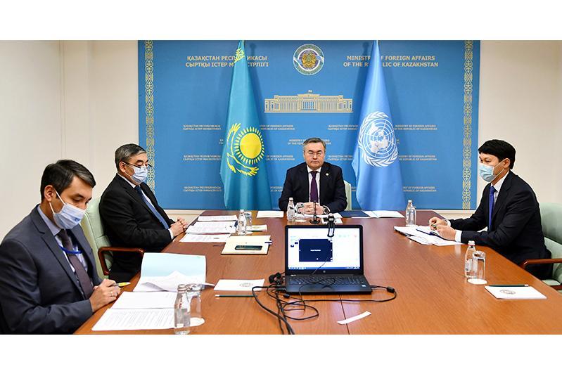 哈外交部长主持召开内陆发展中国家部长级会议