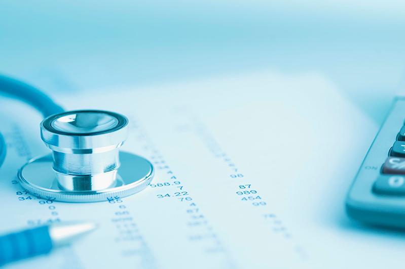 Сколько средств сэкономил Фонд медстрахования на PR-расходы