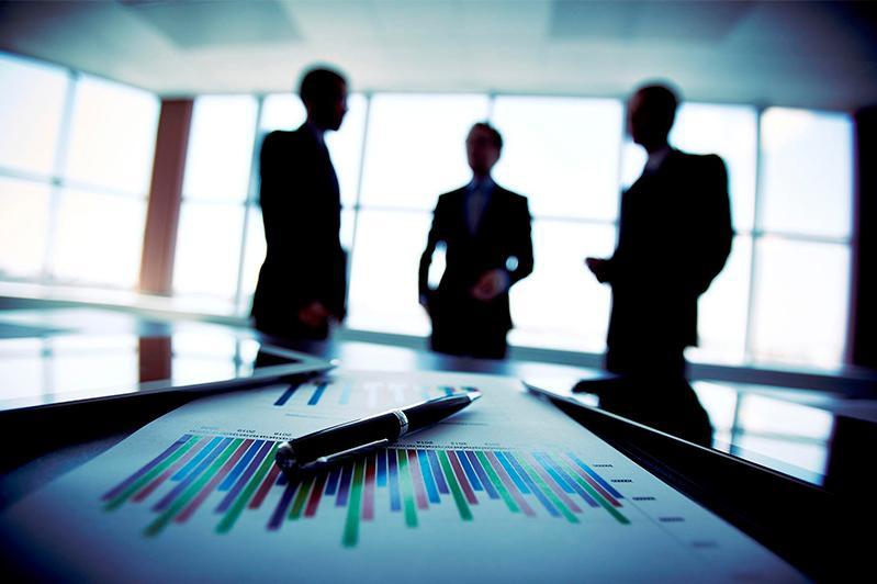 Теневой бизнес сосредоточен в сфере торговли – Аблай Мырзахметов