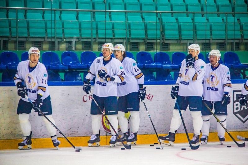 Самая титулованная команда страны спустя 10 лет поборется за «золото» чемпионата РК по хоккею