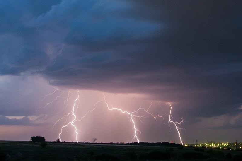 Шторм прогнозируют в Северном Казахстане