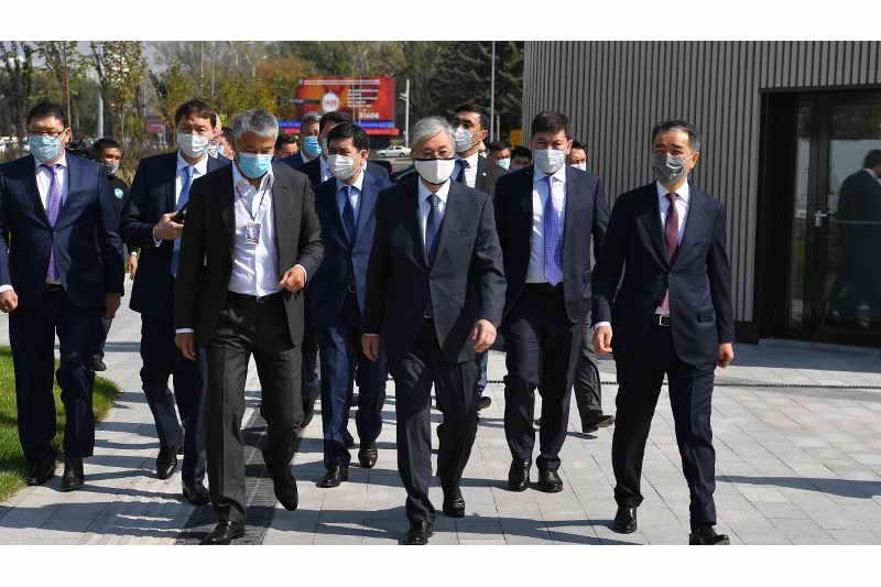 President Tokayev visits Almaly public space on Republic Square