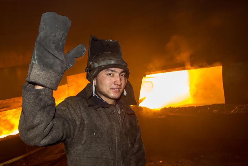 До 300 лет доходит общий стаж трудовых династий работников жамбылских химических заводов