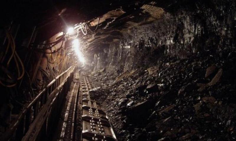 В шахте на юго-западе Китая заблокированы 17 горняков