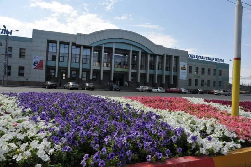 Железнодорожный вокзал Таразаполностью реконструируют
