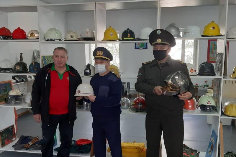 Выставка пожарных касок открылась в Семее