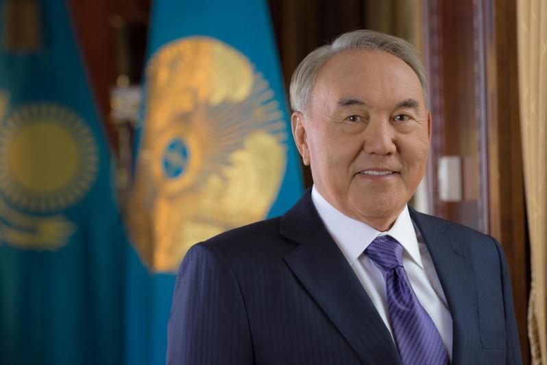 Нурсултон Назарбоев Туркистонга келди