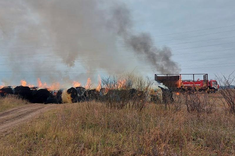 Из огня спасен трактор в Акмолинской области