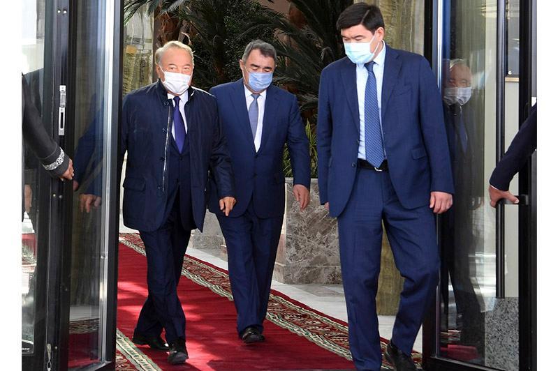 Елбасы посетил гостиницу «Rixos Turkistan»