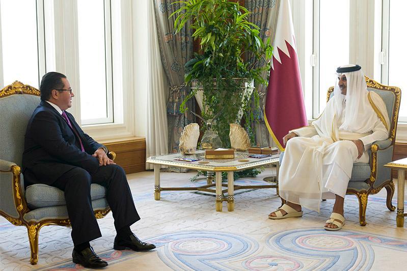 哈萨克斯坦大使向卡塔尔埃米尔递交国书