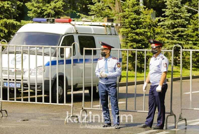 О возможном ужесточении карантина в Казахстане предупредил Минздрав