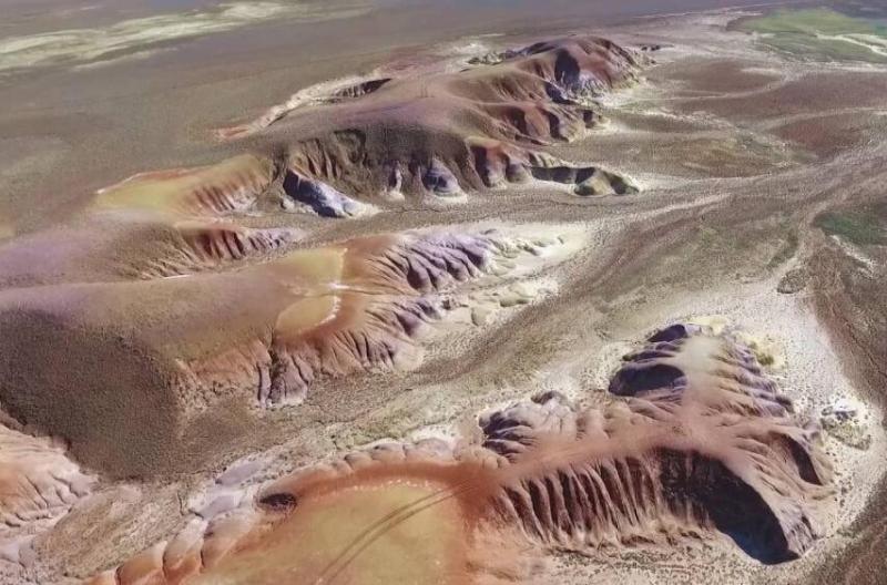 神奇的哈萨克大地:阿克扎尔丘陵