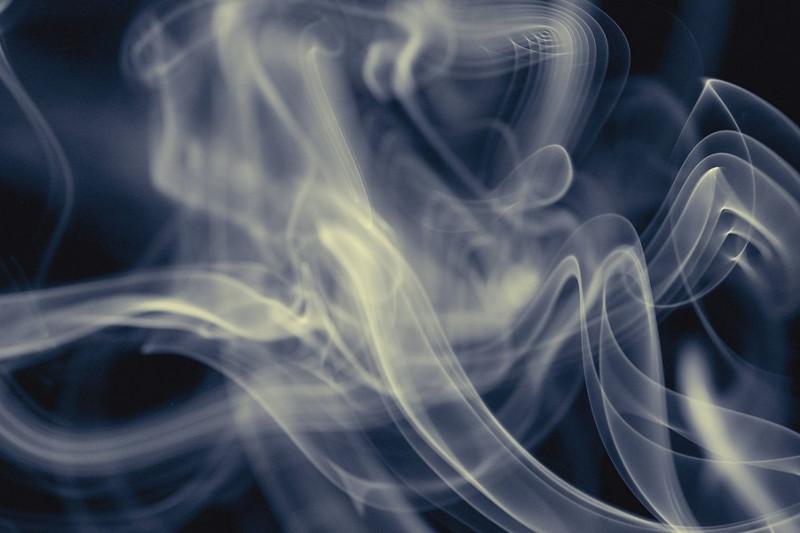 От угарного газа пострадала семья в Семее, один человек скончался