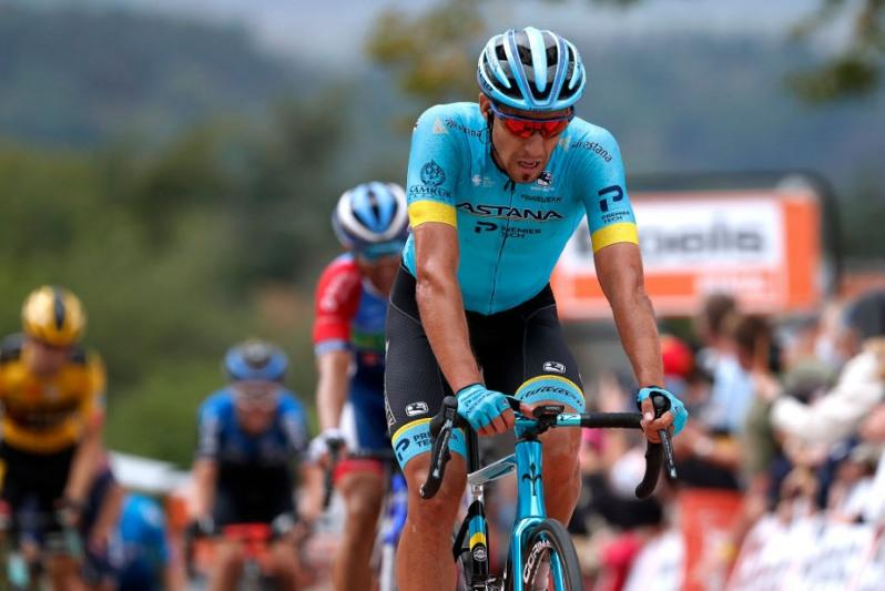 Bad luck for Astana's Fraile at La Fleche Wallonne 2020