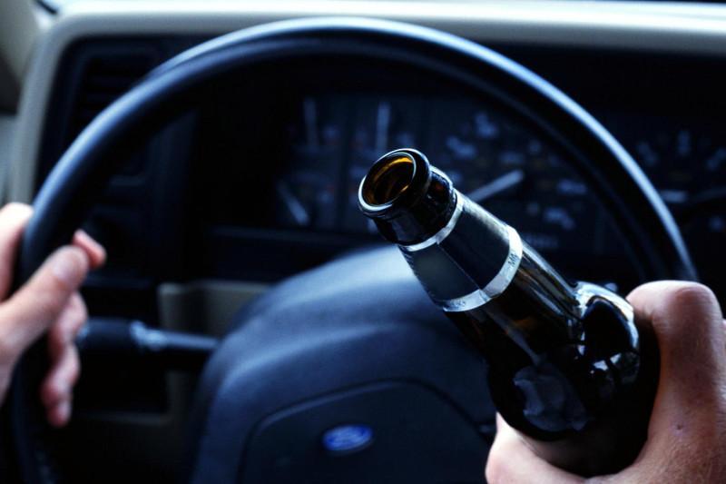 Пьяный водитель без прав ездил по улицам Павлодара