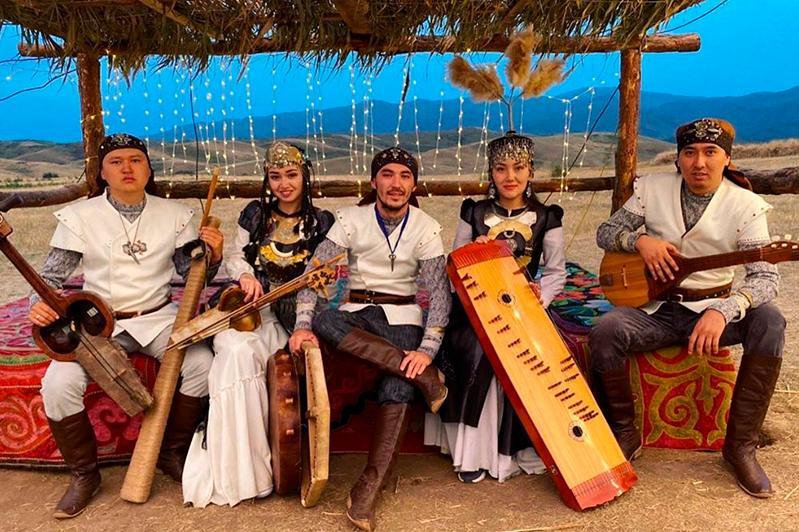 Музыка казахстанского ансамбля «Хассак»звучит в турецком сериале «Uyanus Buyuk Selcuklu»
