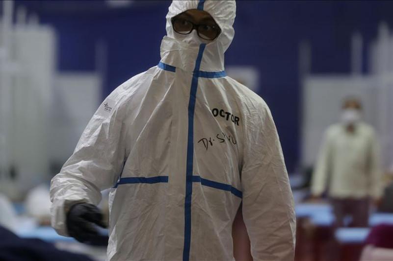 India's COVID-19 cases pass 6.3 million