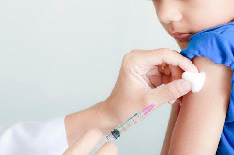 Родителей, которые приводят детей на прививку, стало больше - алматинский педиатр
