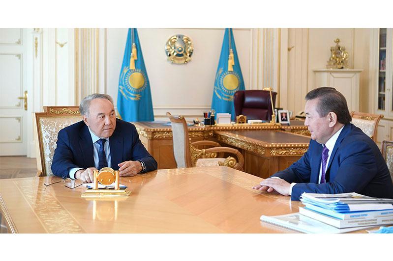 纳扎尔巴耶夫接见哈萨克斯坦国立农业大学校长