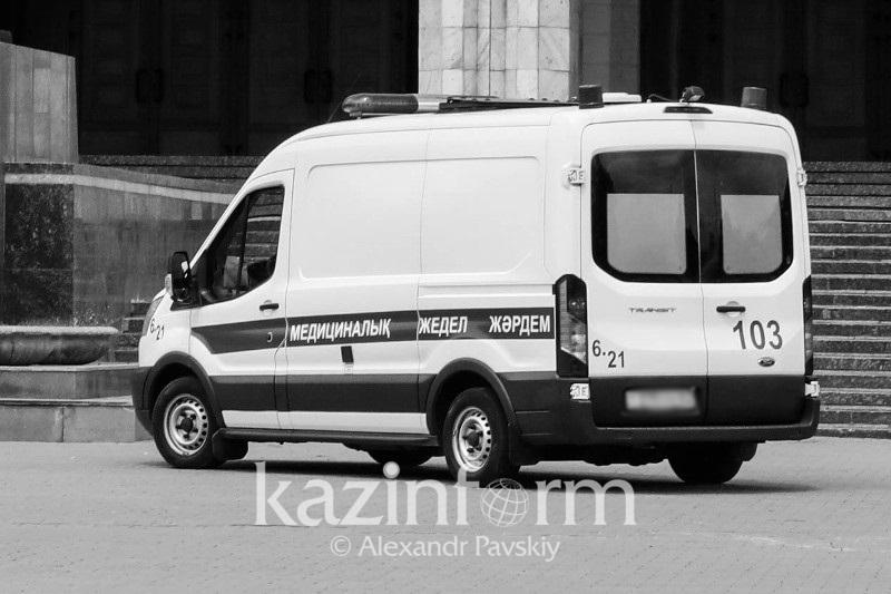 Дорожник погиб от наезда катка в Атырауской области