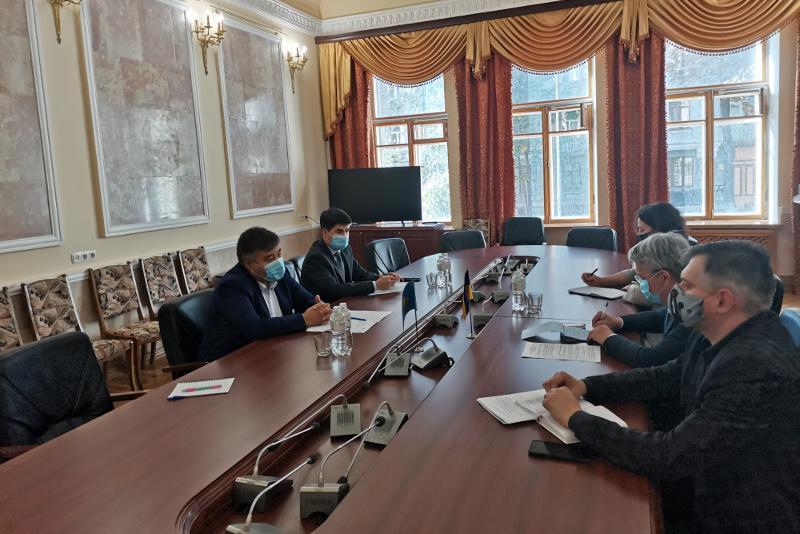 Kazakh Ambassador Kaletaev meets with Ukrainian Minister of Culture