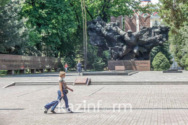 Когда завершат реконструкцию парка имени 28 гвардейцев-панфиловцев в Алматы