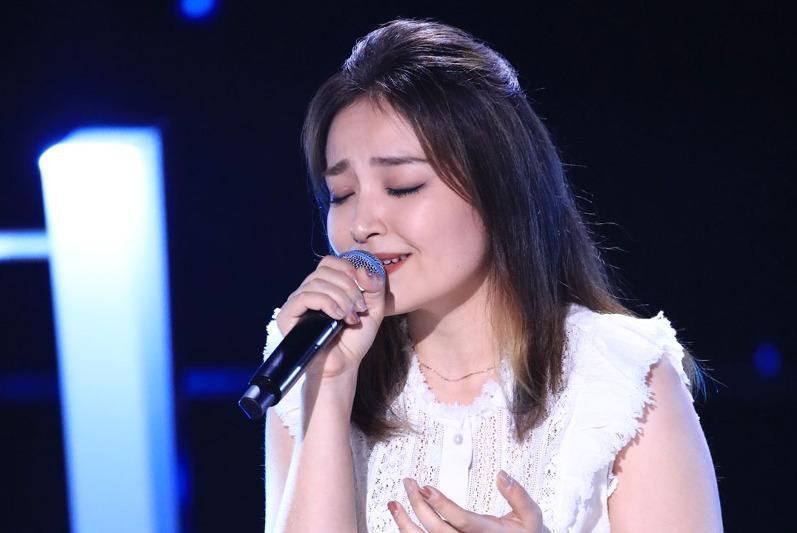 Казашка из Китая исполнила песню Димаша Кудайбергена в конкурсе «Sing! China»
