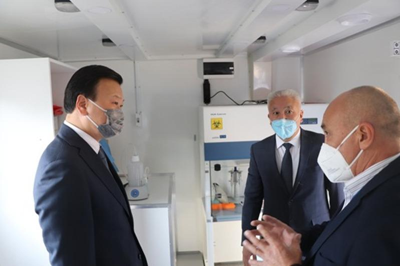Kazakh Healthcare Minister visits Almaty medical facilities