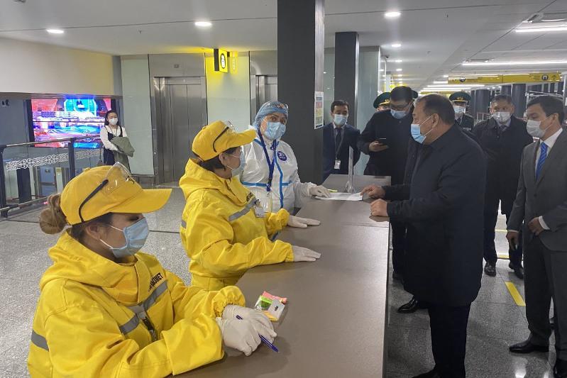 Ералы Тугжанов проинспектировал работу международного аэропорта Нурсултан Назарбаев