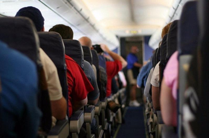 研究显示飞机内感染新冠病毒可能性很低