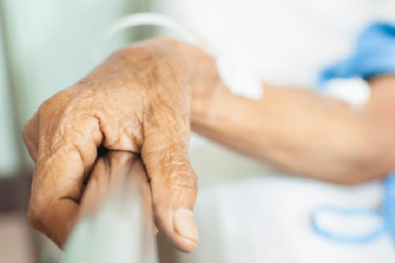 Количество заболевших коронавирусом в возрасте от 40 до 65 лет растет в Нур-Султане