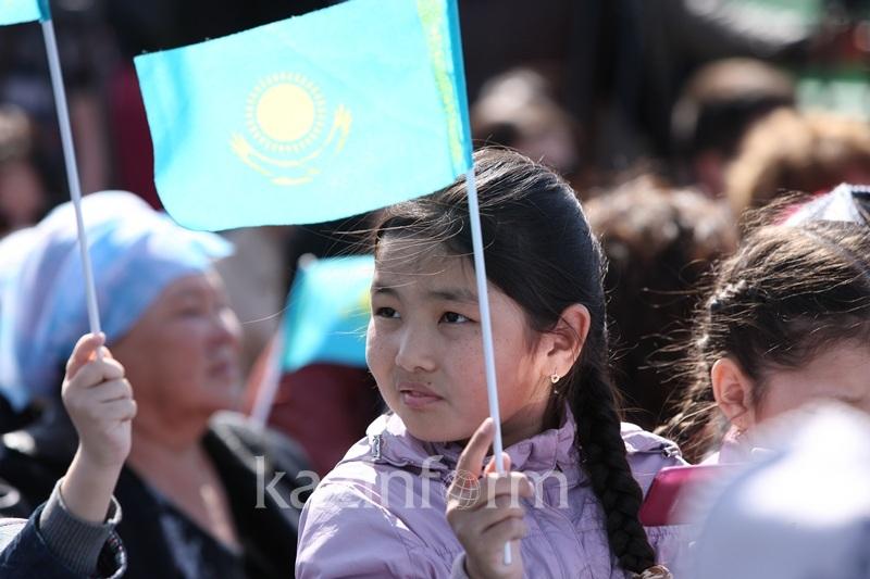 Численность населения Казахстана увеличилась на 1,3%
