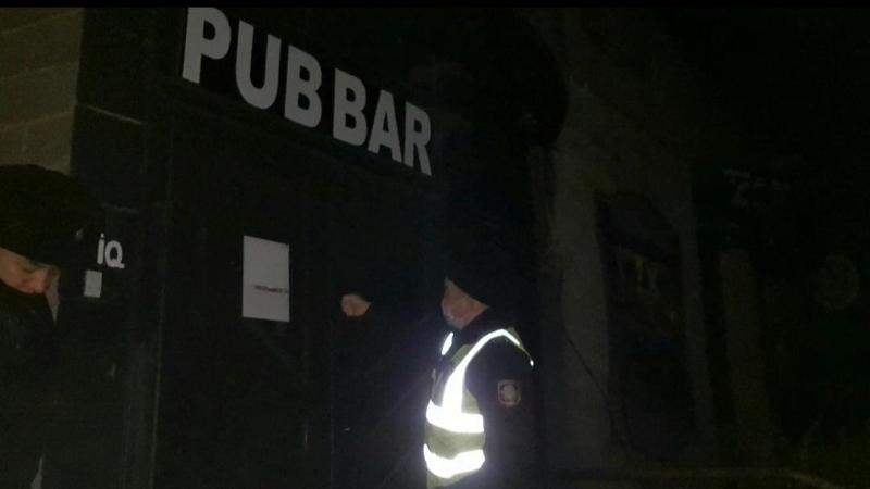 В Темиртау посетители диско-клуба спрятались от проверяющих в подвале