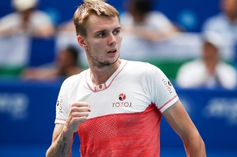 Теннис: Бублик жұптық сында Санкт-Петербург турнирінің финалына шыға алмады