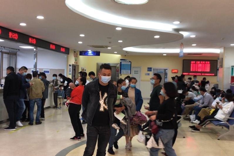 В двух городах Китая стартовала вакцинация от коронавируса