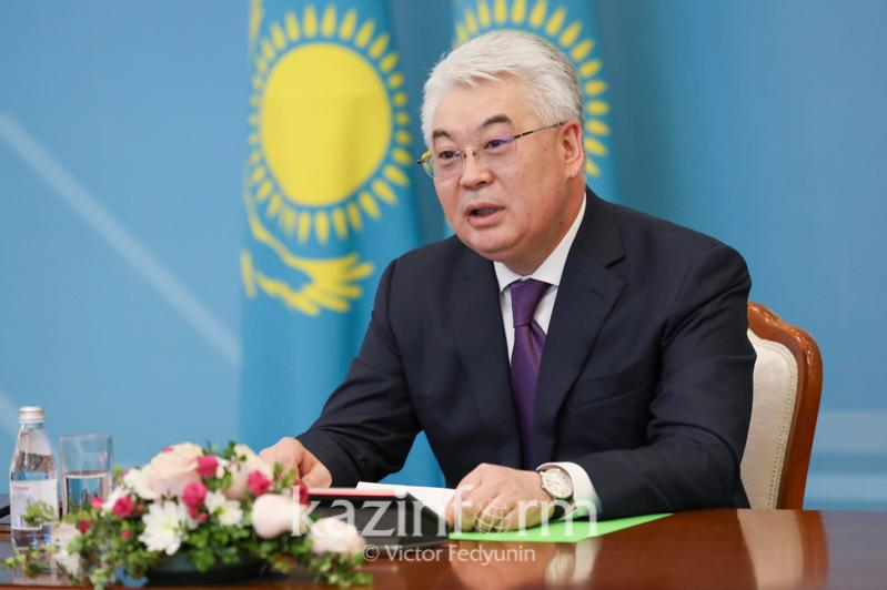 63 передвижных медкомплекса произвели в Казахстане
