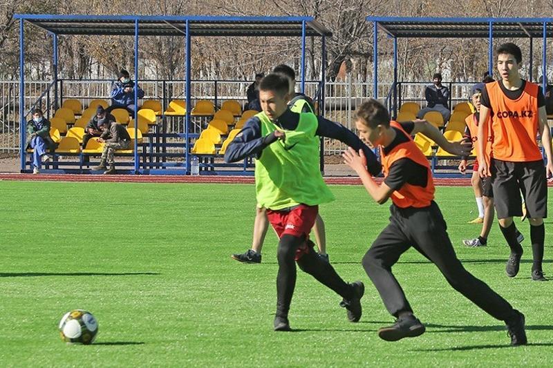 Стадион «Литейщик» открылся после реконструкции в Караганде