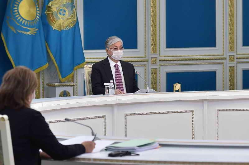Reformalar jónindegi joǵary keńes mekemearalyq uzaq daýlarǵa núkte qoıýy kerek - Toqaev