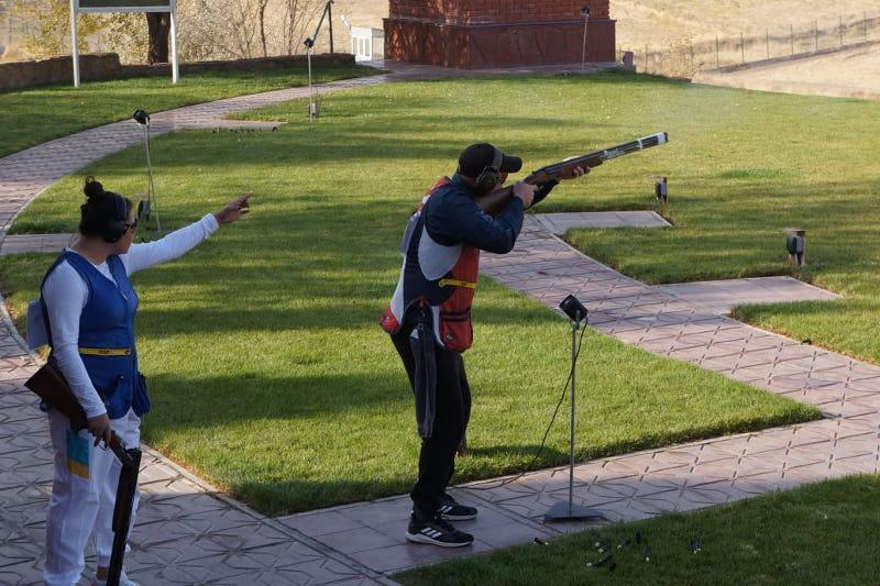 Спортсмены из 20 стран участвуют в онлайн-турнире по пулевой стрельбе в Шымкенте