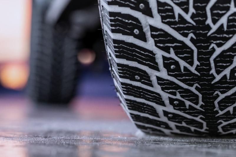 Перейти на зимние шины рекомендует водителям МЧС РК