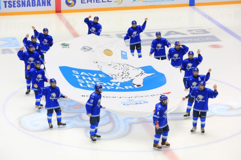 'Snow leopards' teams to encounter in a hockey match in Nur-Sultan marking Int'l Snow Leopard Day